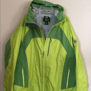 Mountain Hardwear Dry Q Evap Zip  Rain Jacket